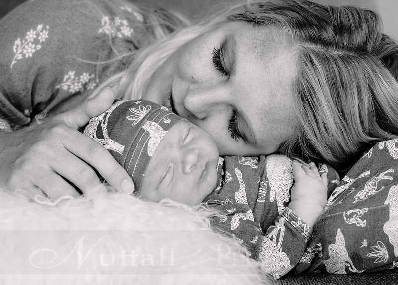 Skeen Newborn 60bw.jpg