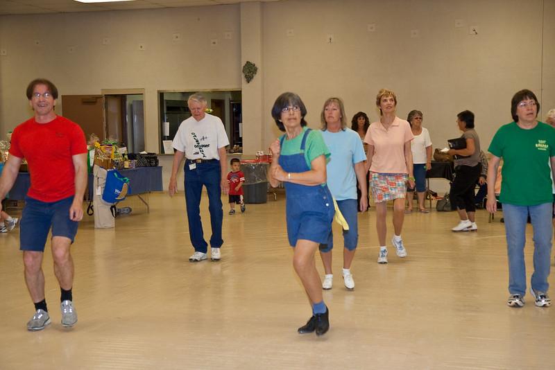 5916 dancers med.jpg