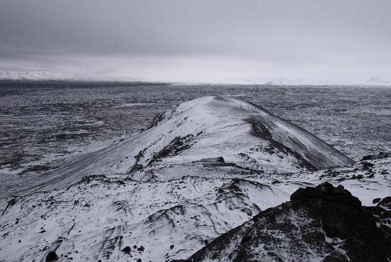 Horft norðaustur eftir Húsfellinu