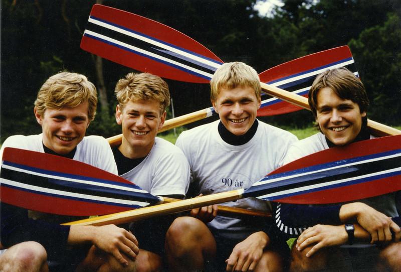 Mye kjekk ungdom i roklubben.  Fv Kjell Sverre Voll, Tore Øvrebø, Martin Tønnessen og Ole Andreas Andreasssen.jpg