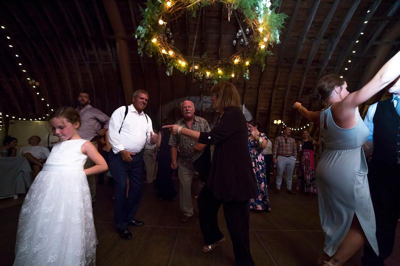 Garrett & Lisa Wedding (835).jpg