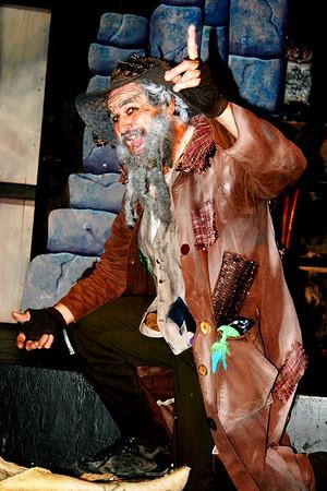 Oliver 01 David as Fagin