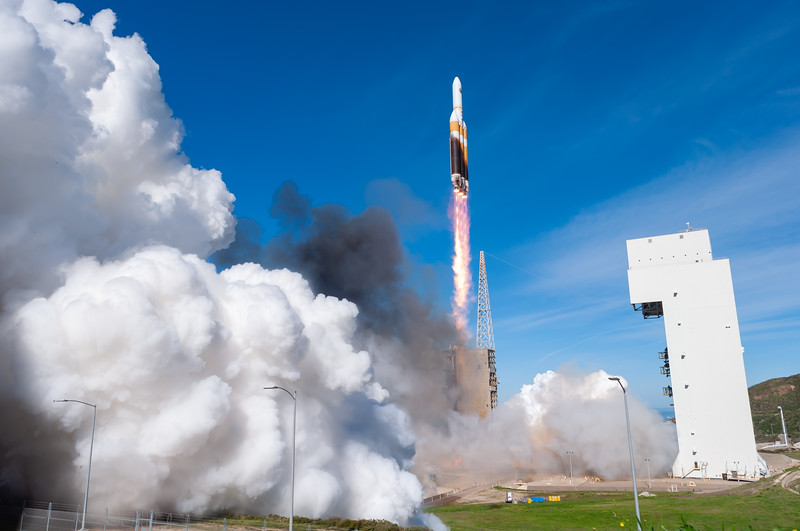 Delta IV Heavy launches NROL-71 (2019-01-19)