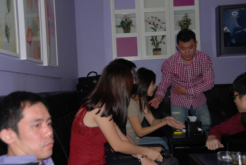 [20100219] Karaoke with ST Cousins @ Neway (40).JPG