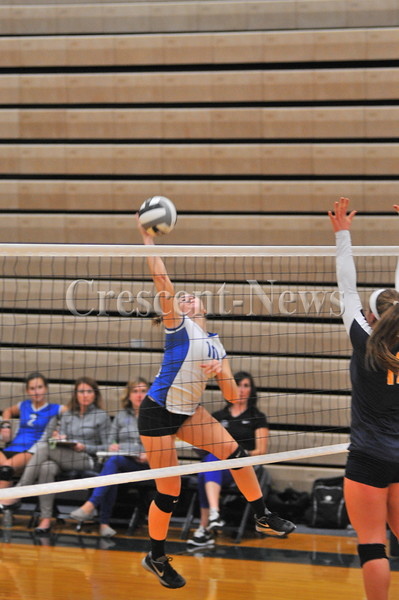 09-21-15 Sports defiance @ Archbold VB