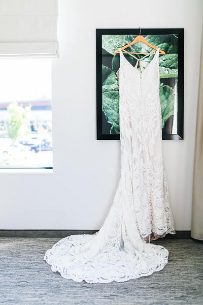 LINDSAY AND NIK - TYLER ARBORETUM WEDDING-2.jpg