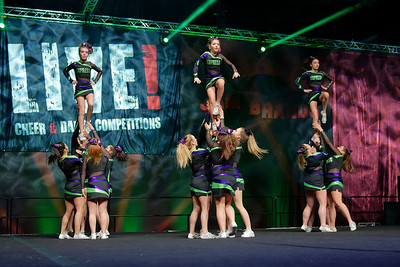 2017 Express Cheer Force