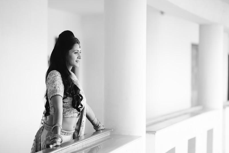 Candid Wedding Photographer Ahmedabad-1-52.jpg