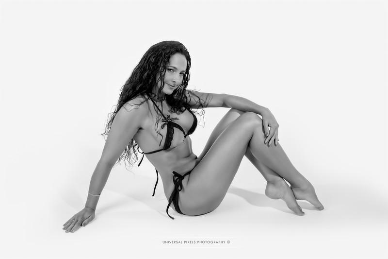 Tammie Bonita Medaris-B&W-290.jpg