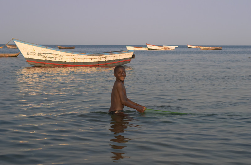 Lake Malawi - Senga Bay - 9183.jpg