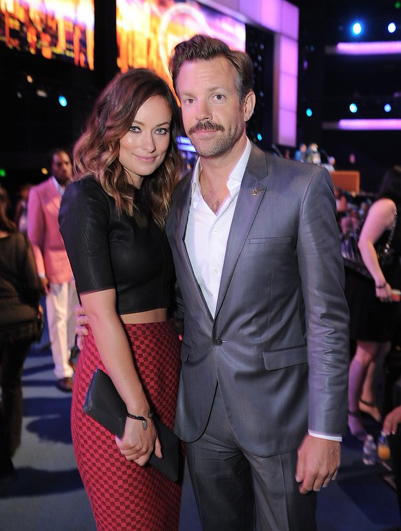 . Olivia Wilde, left, and Jason Sudeikis pose in the audience at the ESPY Awards on Wednesday, July 17, 2013, at the Nokia Theater in Los Angeles. (Photo by Jordan Strauss/Invision/AP)