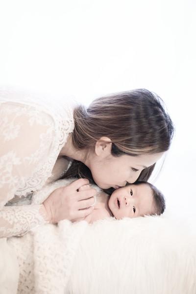 2017_12_09 Kim Family-1675.jpg