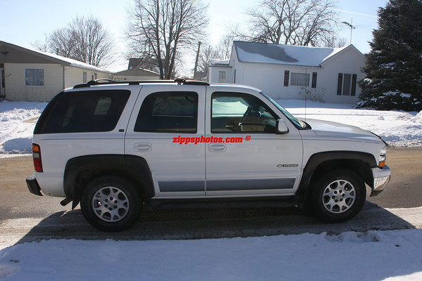2001 Chevy Tahoe LT $7000.00 KEPT IT read on