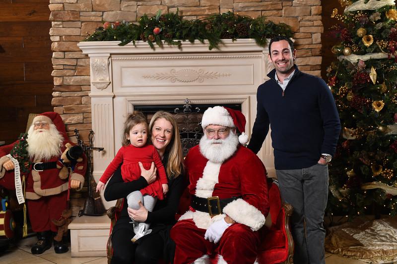 Santa2018.TylerBoye.-59.jpg