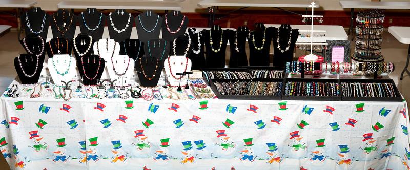 20131108 Bazaar Jewelry 2.jpg