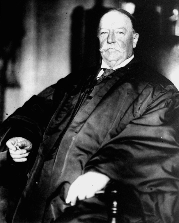 . FILE - This Feb. 5, 1930, file photo shows former President and U.S. Supreme Court Chief Justice William Howard Taft in his judicial robes. History buffs know Taft is the only president-turned-Supreme Court chief justice, but he\'s also remembered as the president whose weight, at times well over 300 pounds, made headlines. But in the early 1900s, way before Weight Watchers, the nation\'s 27th president was helping to usher in a modern approach to treating obesity according to a report released Monday, Oct. 14, 2013, in the journal Annals of Internal Medicine.  (AP Photo/Files)