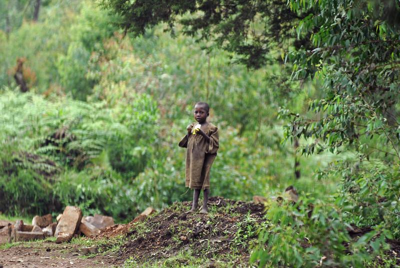 070115 4343 Burundi - on the road to Karera Falls _E _L ~E ~L.JPG
