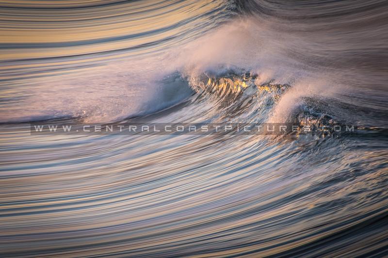 blurred wave-7344.jpg