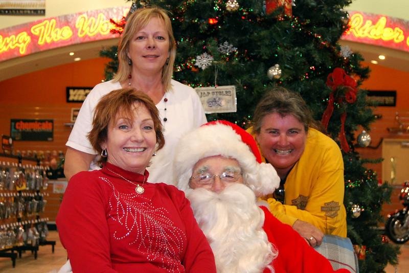 2013 Santa visits J&P Cycles Florida Superstore (44).JPG