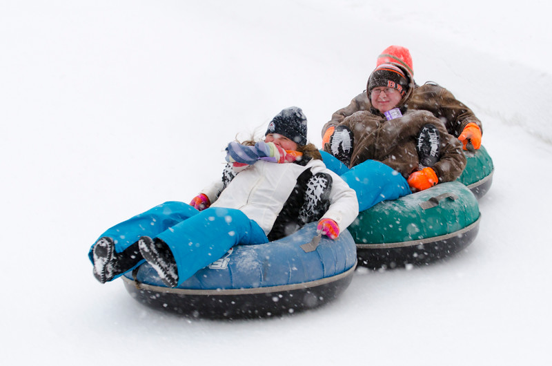 Opening-Day-Tubing-2014_Snow-Trails-71079.jpg