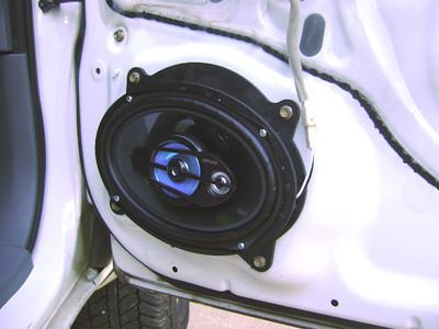 2005 Toyota Tacoma Prerunner Front Speaker Installation