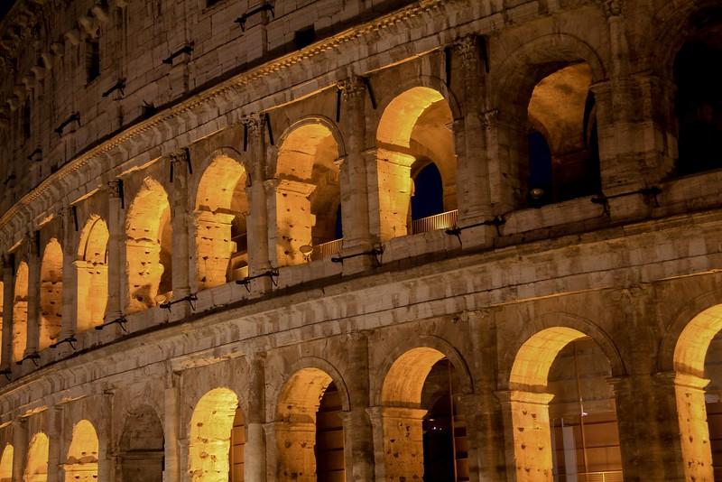 AITALY 2015,11 169A, SMALL, Colusseum at night, Rome.jpg