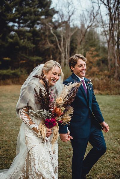 Requiem Images - Luxury Boho Winter Mountain Intimate Wedding - Seven Springs - Laurel Highlands - Blake Holly -1116.jpg