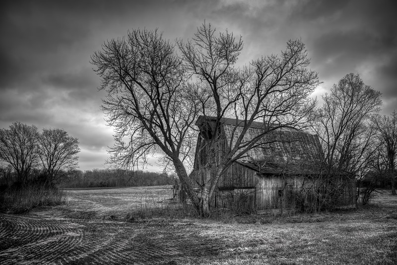 MO Farmington Old Barn1.jpg