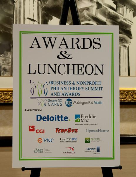 ImagesBySheila-DC Cares Service Award_CB5143.jpg