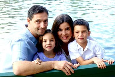 Cecilia, Fernando and kids