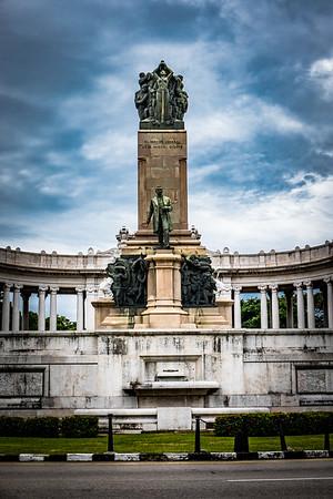 En y desde el monumentol a José Miguel Gómez