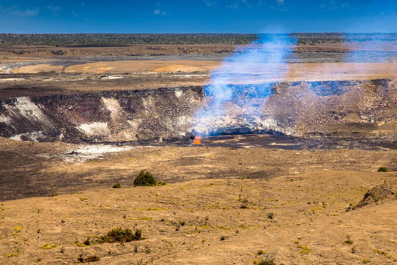 volcano eruption Halamaumau Crater LRE -5139.jpg
