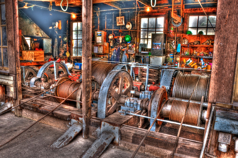 fisherman's_terminal_10741_winch_house-sm.jpg