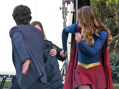 EXC: Supergirl Dancing Between Takes with Mr. Mxyzptlk