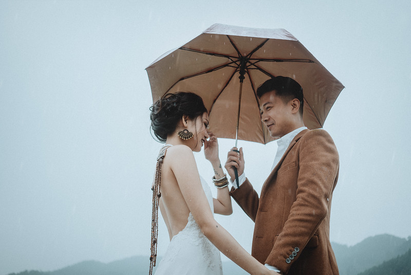 Tu-Nguyen-Destination-Wedding-Photography-Elopement-Vietnam-Pali-Louis-w-81.jpg
