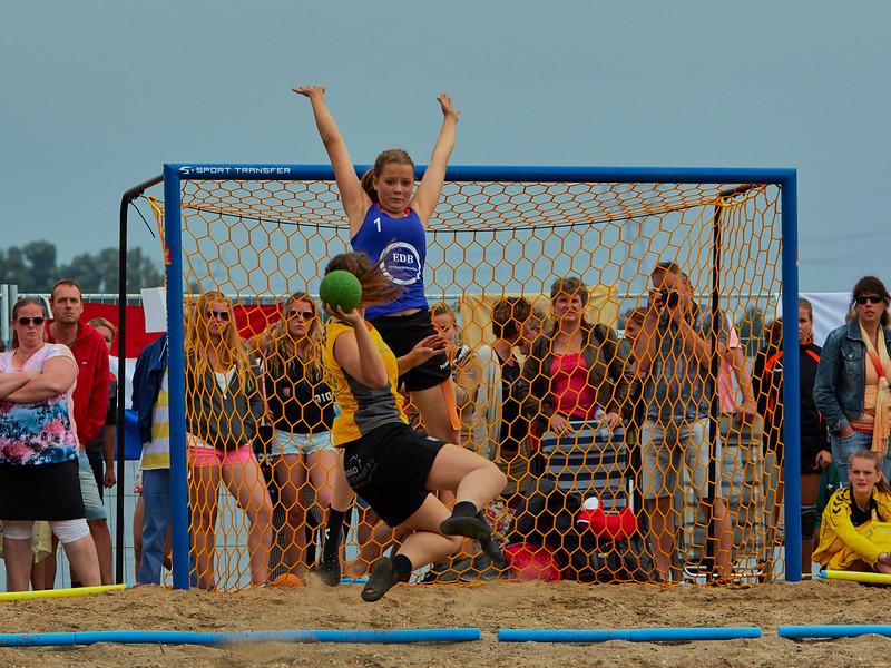 Molecaten NK Beach Handball 2015 dag 2 img 666.jpg