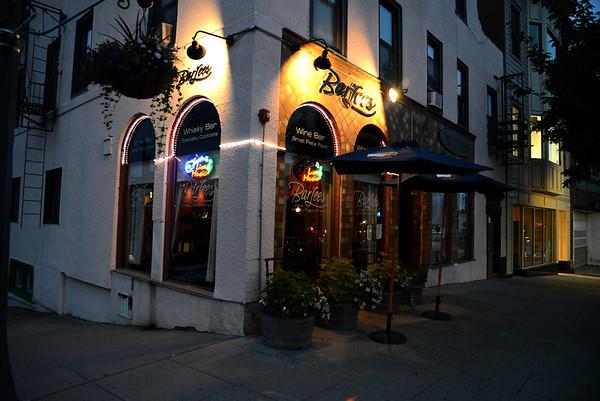 Bar Lee's