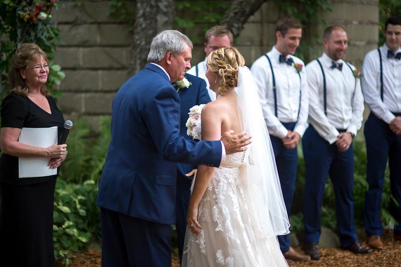 Garrett & Lisa Wedding (310).jpg
