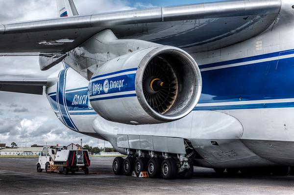 Antonov 124-100 Volga-Dnepr Colour