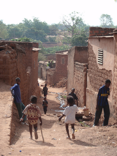 023_Bobo-Dioulasso. Old Quarter of Kibidwe. Kids in a Narrow Alley.jpg
