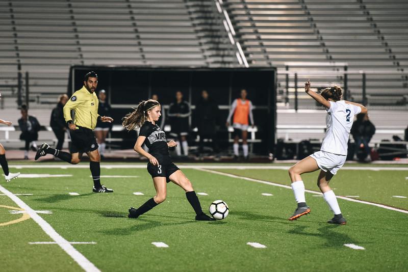 SoccerGirlsVarsity_Jan18_ElainaEich0027.jpg