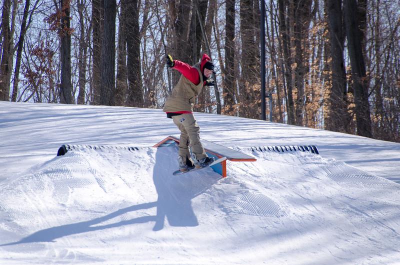 Snow-Trails-Rail-Jam-8107.jpg