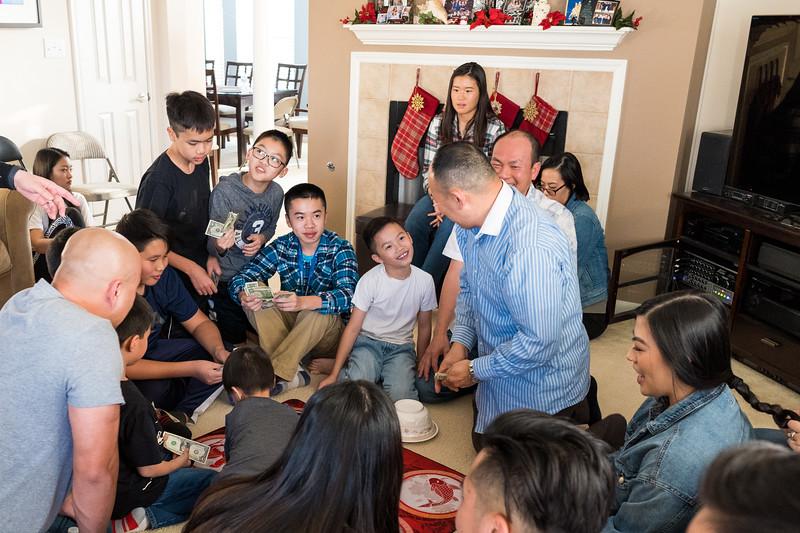 20191221_christmas-pary-ho-family_020.jpg