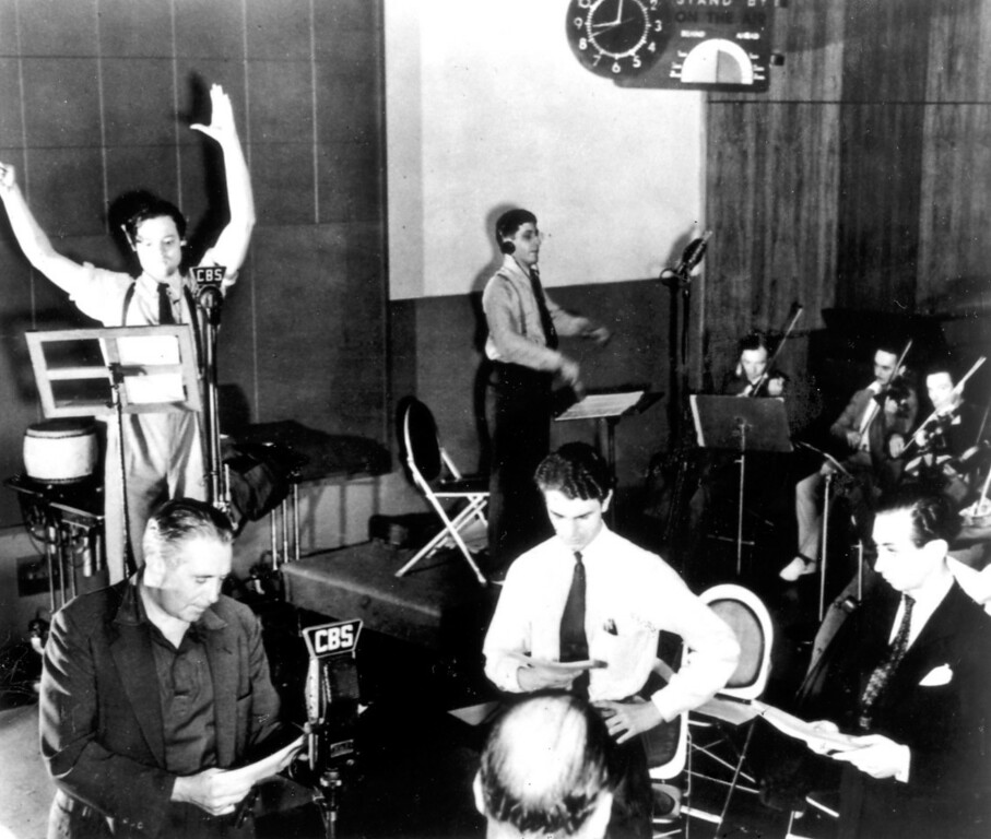 """. On October 30, 1938, Orson Welles presented a radio interpretation of H.G. Wells\' \""""War of the Worlds.\""""   Los Angeles Daily News file photo"""