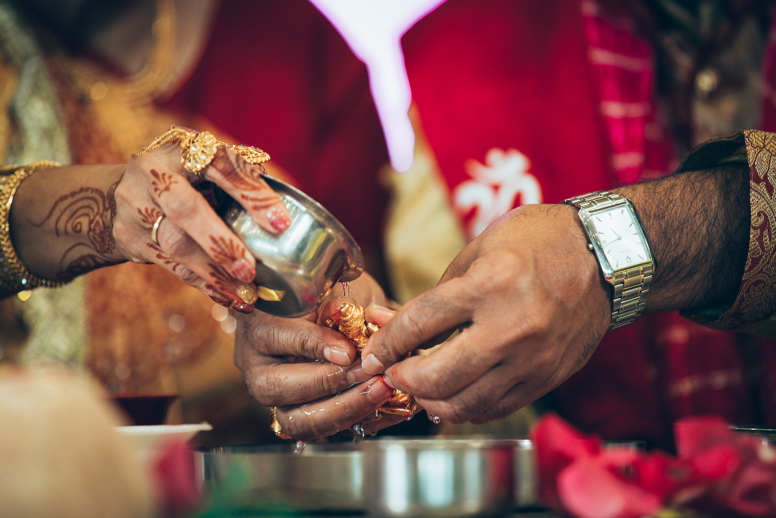 Hindu traditions at wedding in Oklahoma