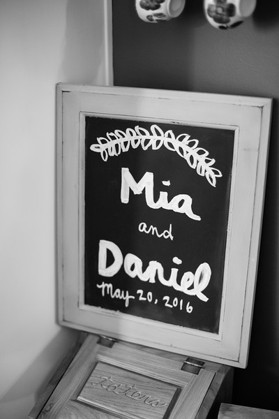 092_Daniel+Mia_WeddingBW.jpg