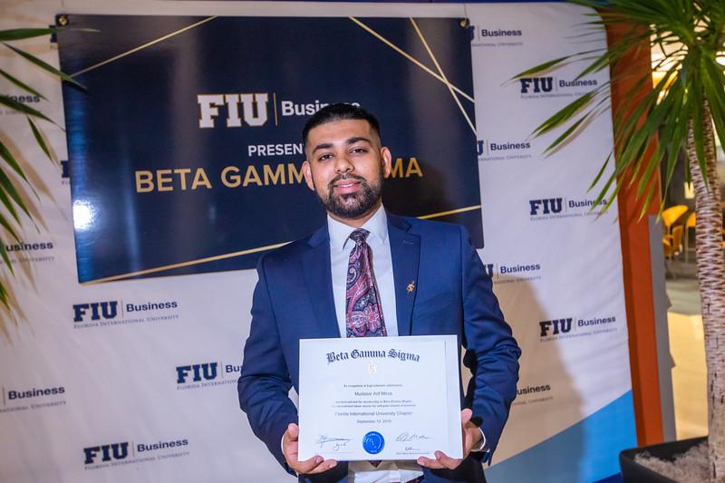 FIU Beta Gamma Sigma Ceremony 2019-168.jpg