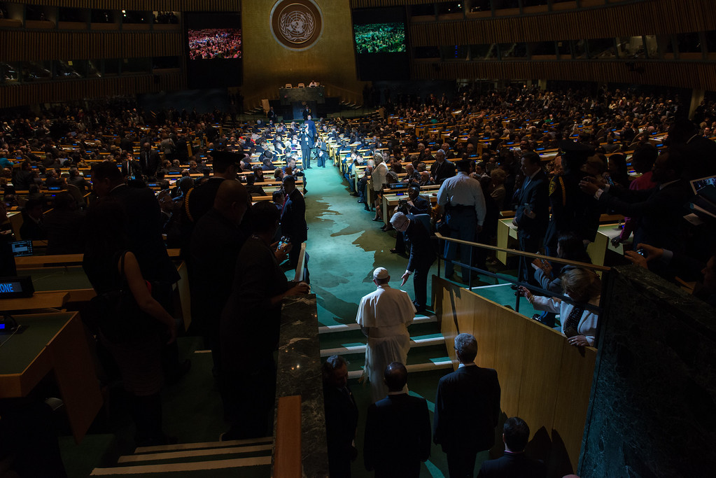 . Pope Francis arrives to the General Assembly of the United Nations on September 25, 2015 in New York City. Pope Francis, who arrived in New York on Thursday evening, began his day with an appearance at the UN before heading to a multi-religious service at the 9/11 Memorial and Museum. (Photo by Bryan Thomas/Getty Images)