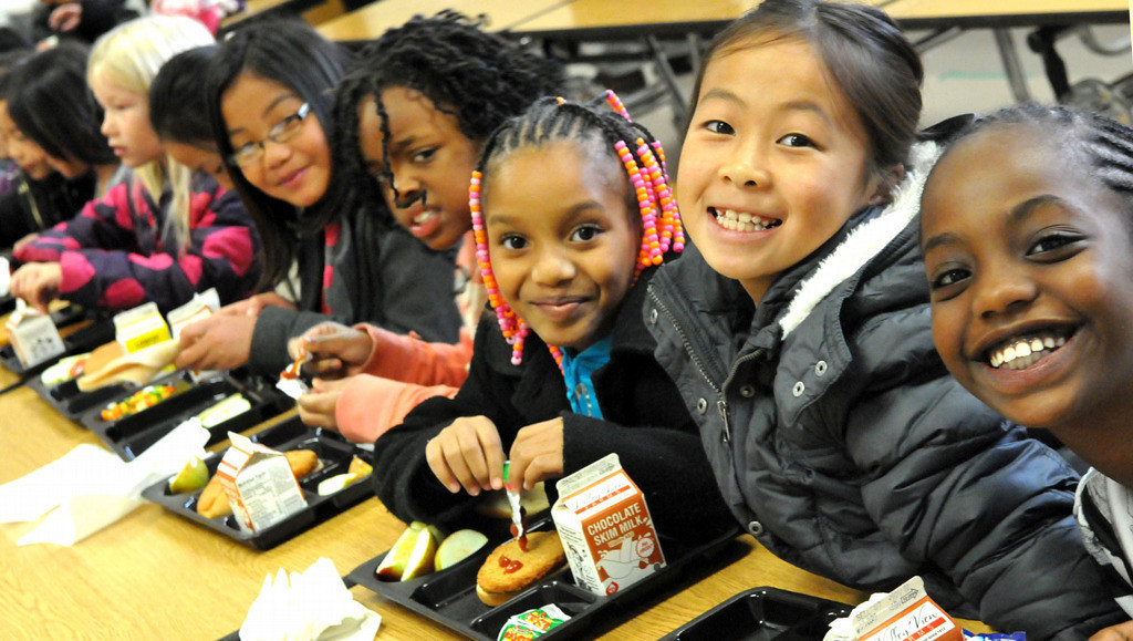 . The lunch table reflects the diversity of elementary school students at Frost Lake Elementary on St. Paul\'s East Side. The St. Paul school district hopes to tackle an elusive goal: narrow the achievement gap between white and minority students. (Pioneer Press: John Doman)