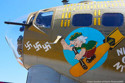 B-17 'Nine-o-Nine' and friends